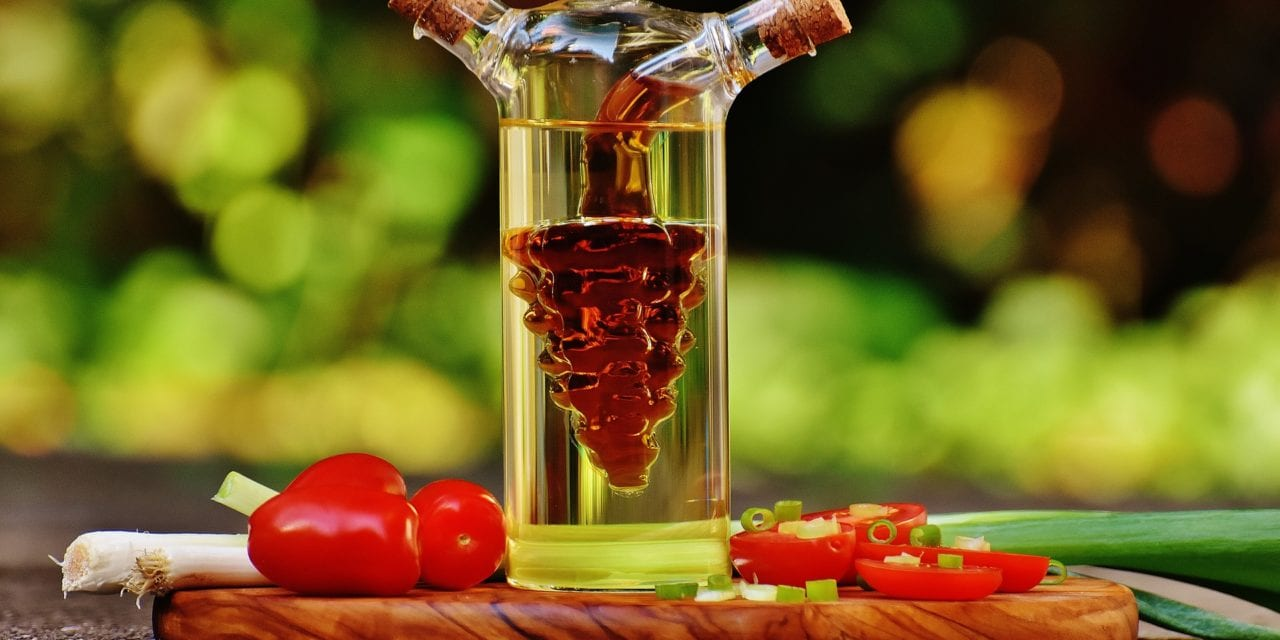 5 Amazing Things You Didn't Know Vinegar Could Do