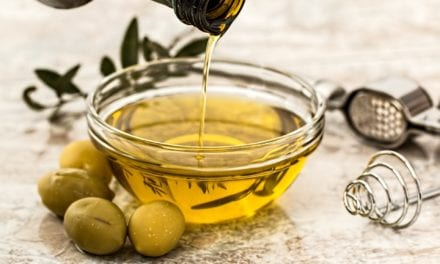 #LifeHacks – 5 Ways Olive Oil Can Help Outside the Kitchen