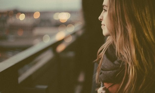 6 Unconscious Thoughts That Stop You From Being Happy